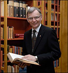 Landshövding Lars Bäckström